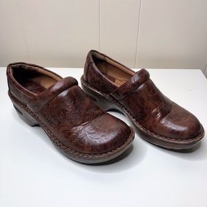 BOC Born  Brown Leather Clogs